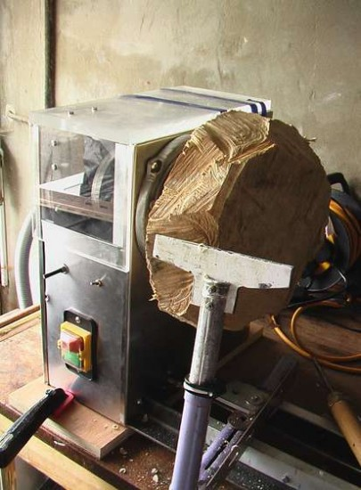 This is the home made lathe