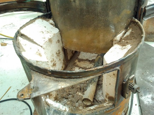 Then ... - Making A Wood Burning Stove €� 5 Refractory Lining