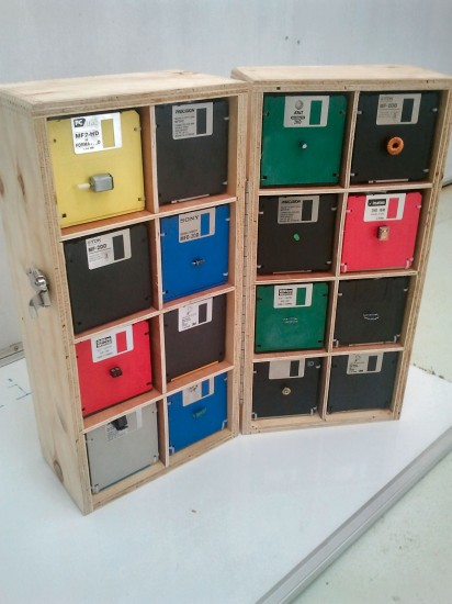 Disk box storage