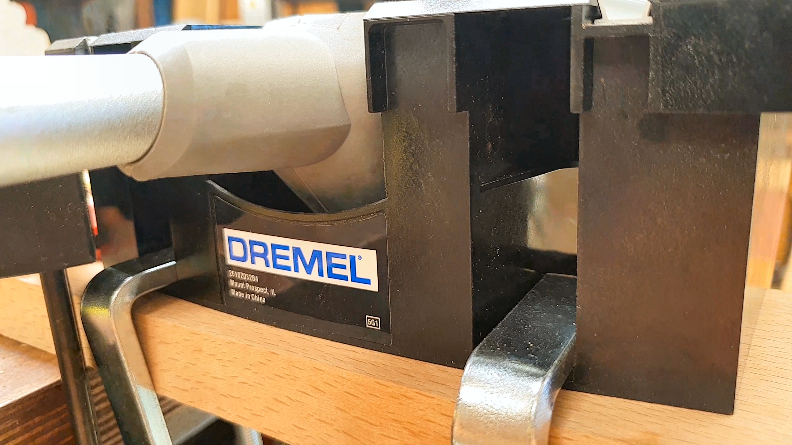 Dremel moto saw 2 in 1 scrollfret saw but lets try not to be put off by that im sure it will fade with time but is worth considering if you live in an apartment and want to store this in your greentooth Choice Image