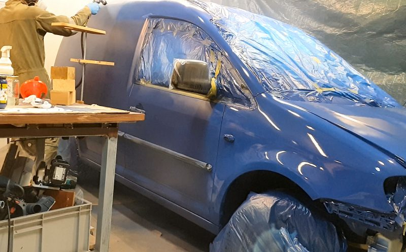 Spray Paint your own Car or Van in a DIY Shop Spray Booth
